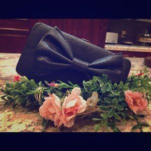 Black Bow Faux Leather Clutch Wallet